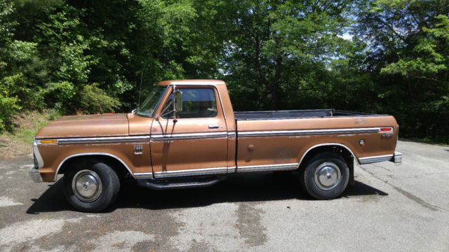 1974 Ford F-250 Camper Special