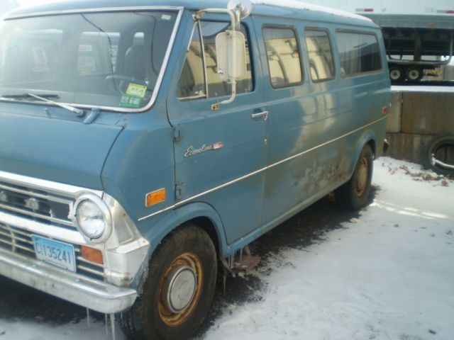 1974 Ford E-Series Van E-200 CUSTOM