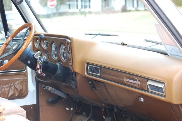 1974 Gmc 3500 Square Body Dually Chevy Silverado Truck For Sale Photos Technical