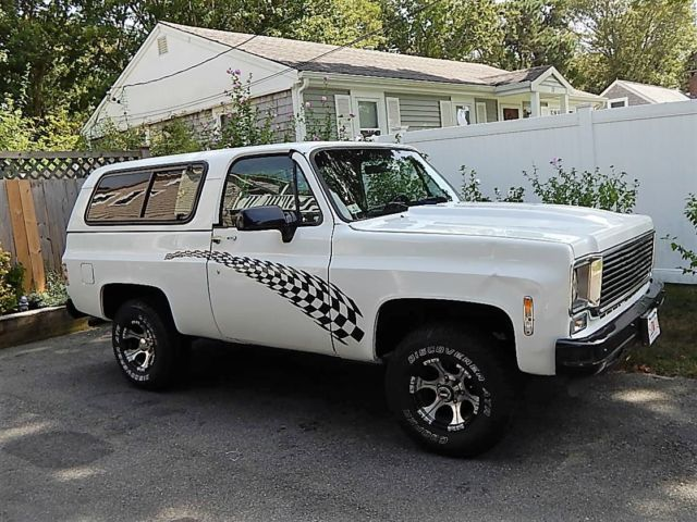 1974 GMC Jimmy Chevy Blazer