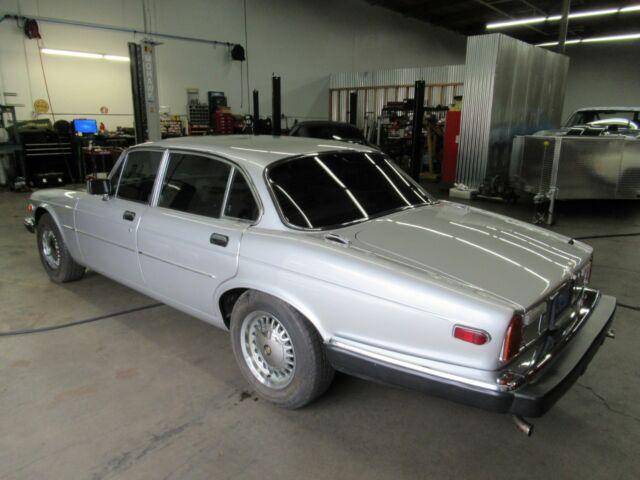1974 Jaguar XJ6, Warwick Grey with Tan Leather interior ...