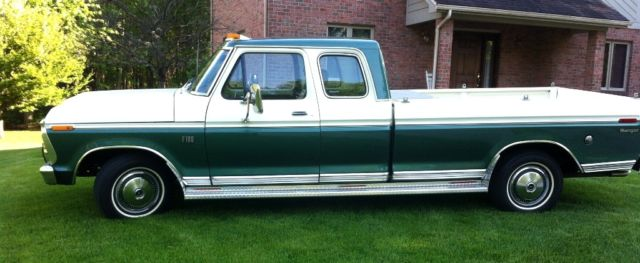 1974 Ford F-100 SuperCab Ranger 8' Bed
