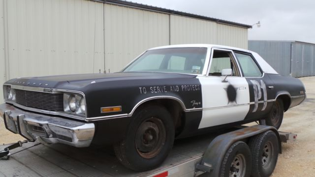 1974 plymouth fury bluesmobile blues brothers police car sheriff