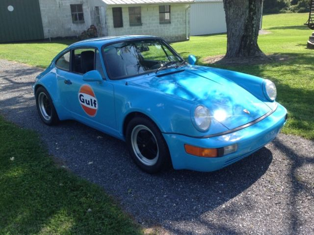 1974 Blue Porsche 911 Coupe with Black interior