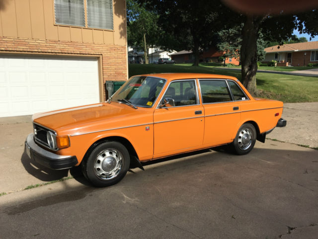 1974 Volvo 144 4-door sedan orange 140 142 145 240 for sale: photos, technical specifications ...