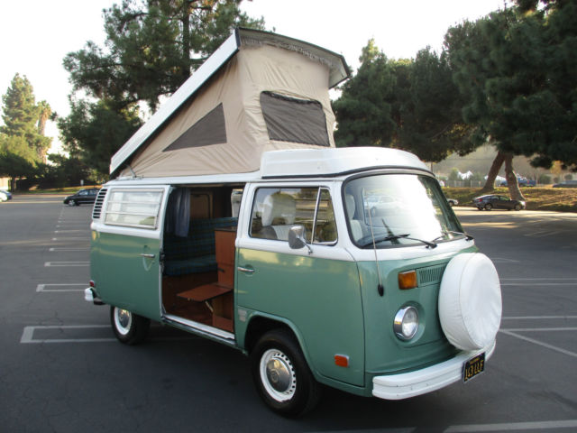 6f293ca136 1974 VW Bus Westfalia Campmobile