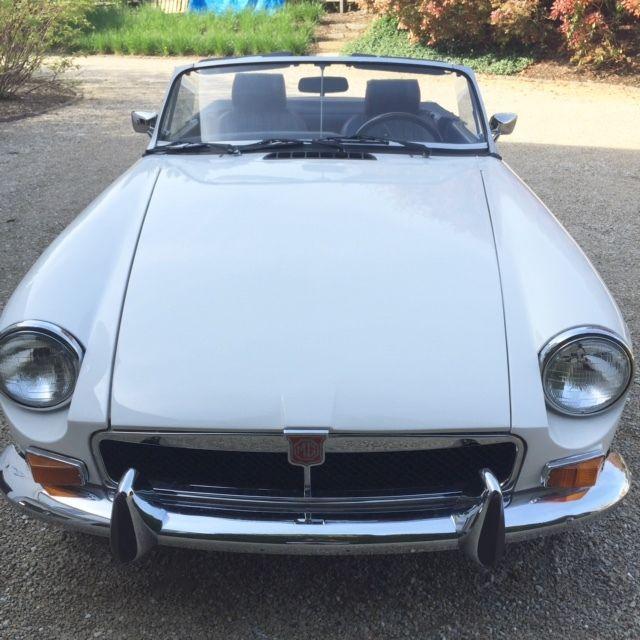1974 White MG MGB Roadster Convertible W/ Original Chrome