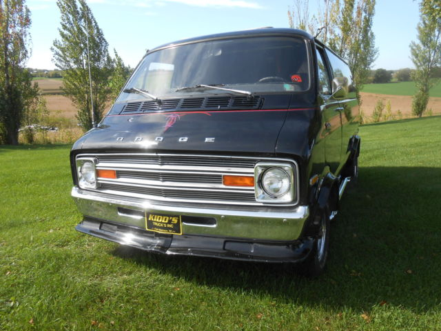 1975 dodge tradesman 200 van ram love van for sale photos. Black Bedroom Furniture Sets. Home Design Ideas