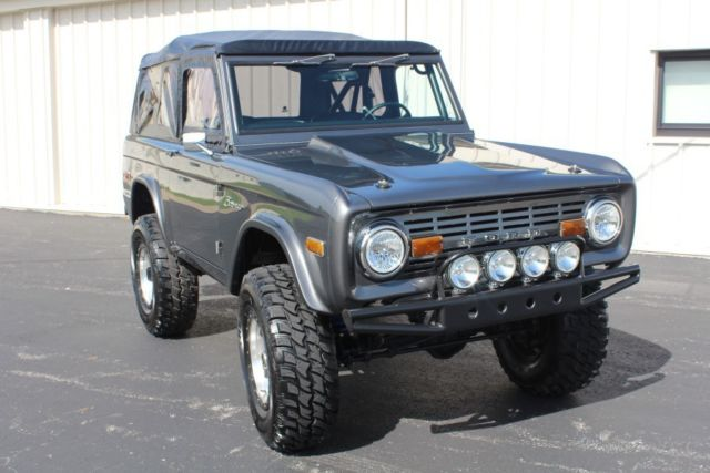 1975 ford bronco 4x4 resto mod spring 2016 lmc catalog feature cover truck for sale photos. Black Bedroom Furniture Sets. Home Design Ideas