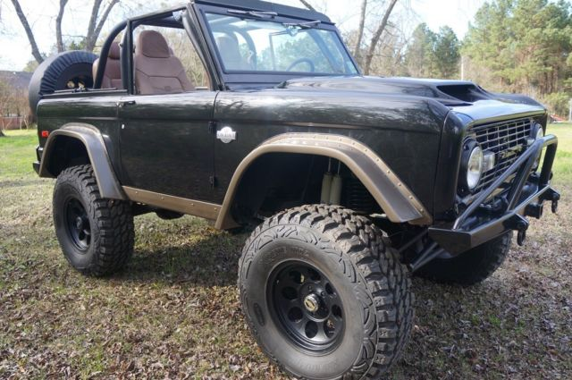 1975 Ford Bronco King Ranch