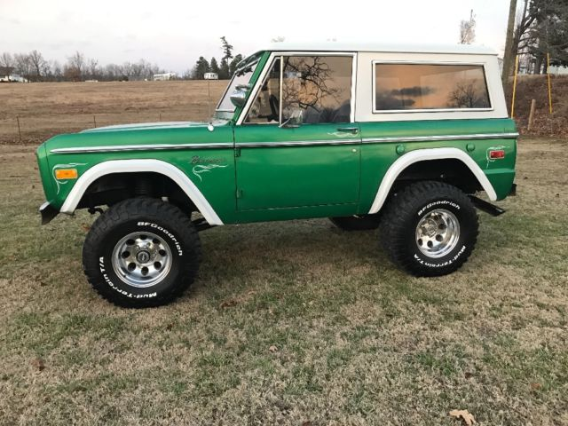 1975 ford bronco ranger v 8 auto ps power disk brakes lifted nice driver look for sale photos. Black Bedroom Furniture Sets. Home Design Ideas