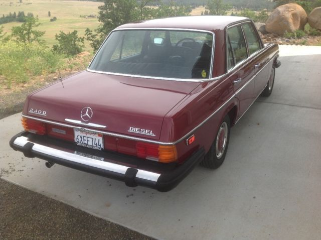 1975 Red Mercedes-Benz 200-Series with Black interior
