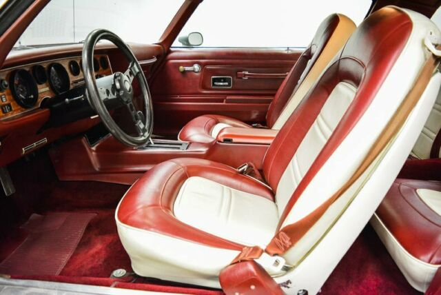 1975 Silver Pontiac Firebird Formula 400 Coupe with Red interior