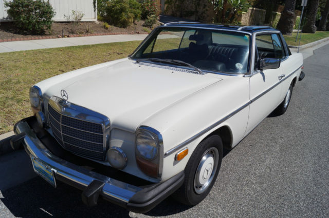 1976 Mercedes-Benz 200-Series 280C COUPE WITH FACTORY SUNROOF