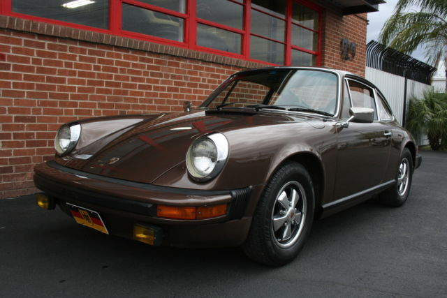 1976 Porsche 912 sunroof