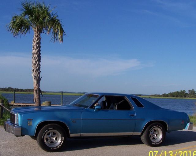 1976 Chevrolet Chevelle 2 DOOR COUPE