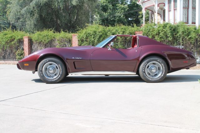 1976 Chevrolet Corvette T-TOP Stingray