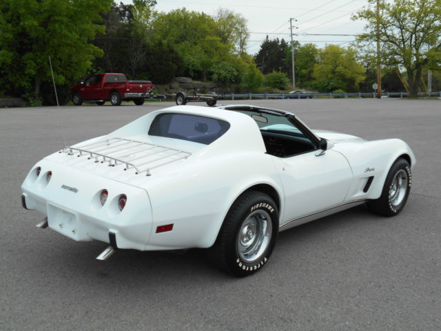 1976 Chevrolet Corvette CORVETTE STINGRAY 350 4-SPEED