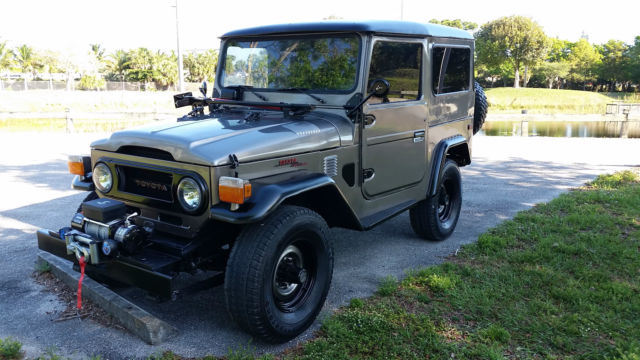 1976 Toyota Land Cruiser Truck