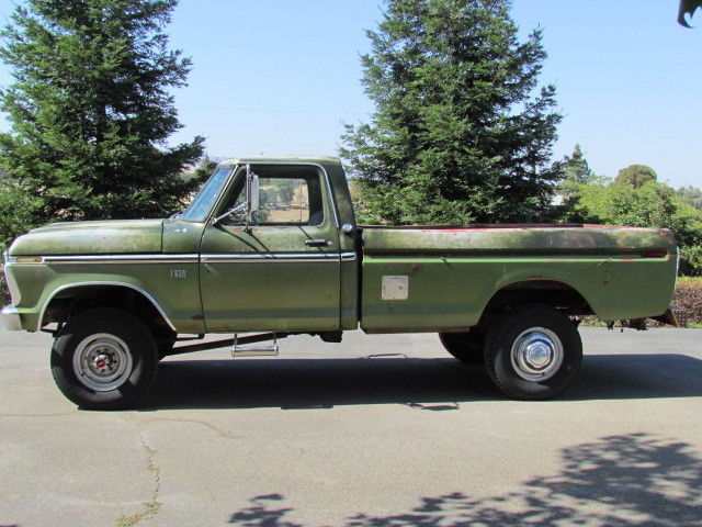 1976 Ford F-250 Highboy 4X4