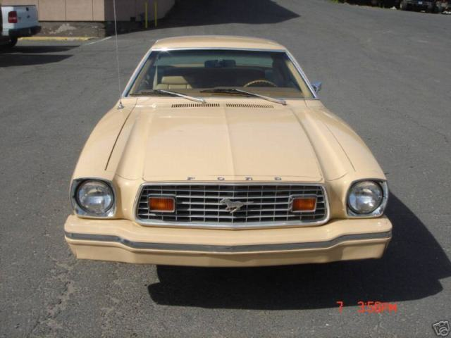 1976 Ford Mustang MPG