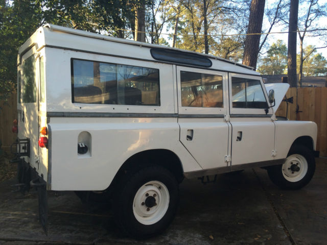 1976 Land Rover 109 Series Diesel 4 Cyl