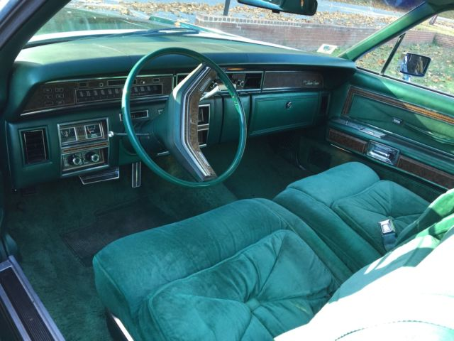 1976 lincoln continental town coupe 2 door 7 5l for sale photos technical specifications. Black Bedroom Furniture Sets. Home Design Ideas