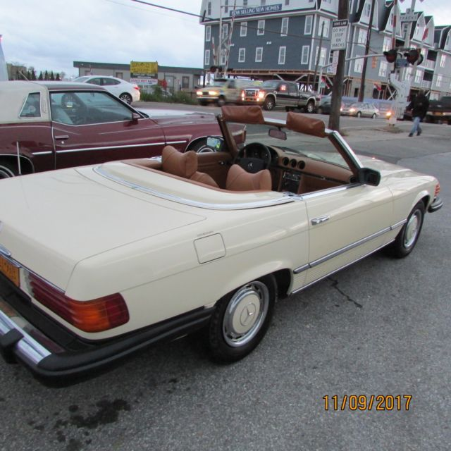 1976 Mercedes-Benz 400-Series Convertible