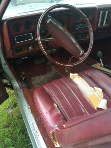 1976 monte carlo swivel bucket seats
