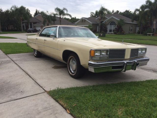 1976 Oldsmobile 98 Regency Ful 7 5l V8 Engine