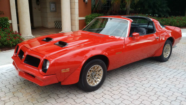 1976 pontiac firebird formula 400ci 6 6l red black 1977. Black Bedroom Furniture Sets. Home Design Ideas