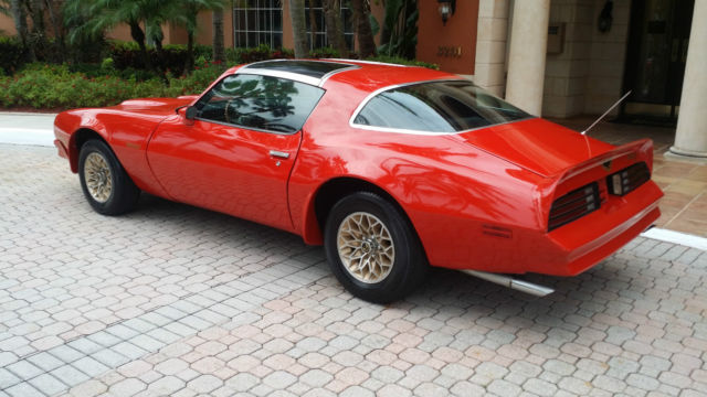 Hppp 0901 1978 Trans Am And 1973 Formula 400 further Sale together with 260364422180922671 additionally Schematics a further Formula Renault Car For Sale. on 1977 pontiac 400 specifications