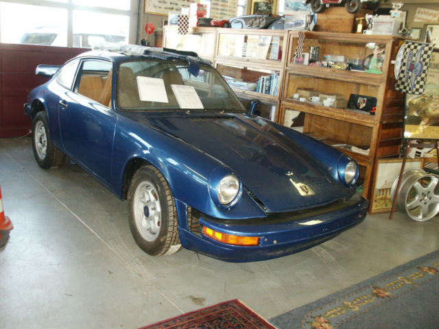 1976 Porsche 911 Signiture Edition Sun Roof coupe