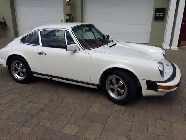 1976 porsche 911s coupe grand prix white for sale photos. Black Bedroom Furniture Sets. Home Design Ideas