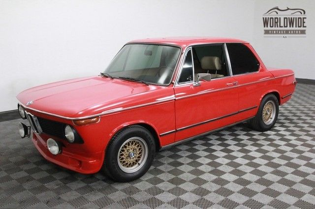 1976 BMW 2002 RESTORED. RARE. AUTO. DISC BRAKES. FOG LIGHTS!