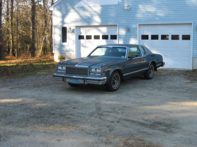 1977 Buick Riviera Base Coupe 2-Door