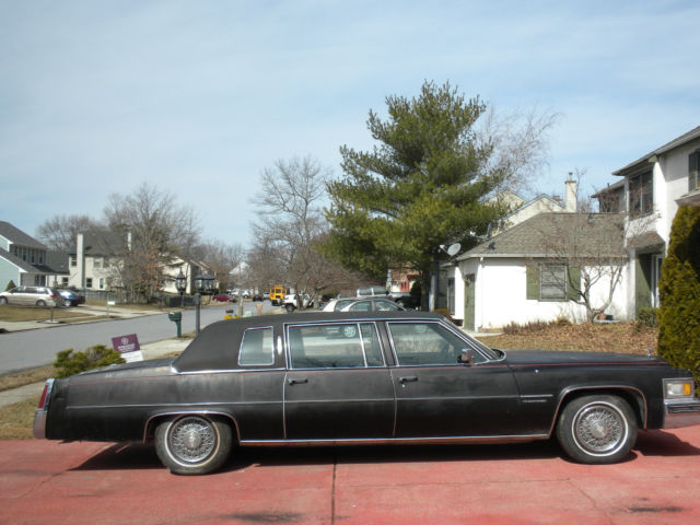 1977 Cadillac Fleetwood Limousine