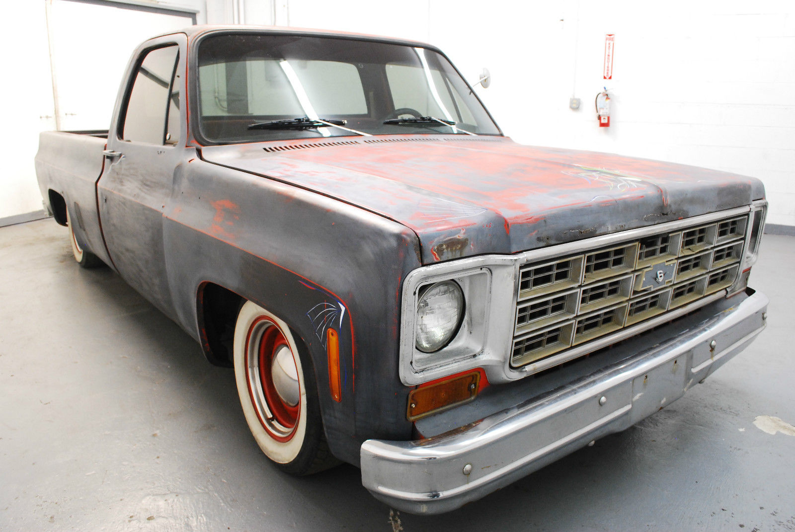 1977 Chevrolet C-10-  							 							show original title