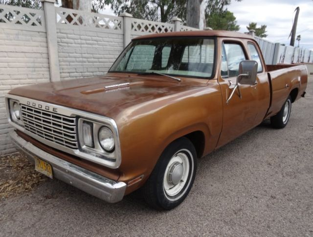 1977 Dodge Ramcharger D100 Club Cab