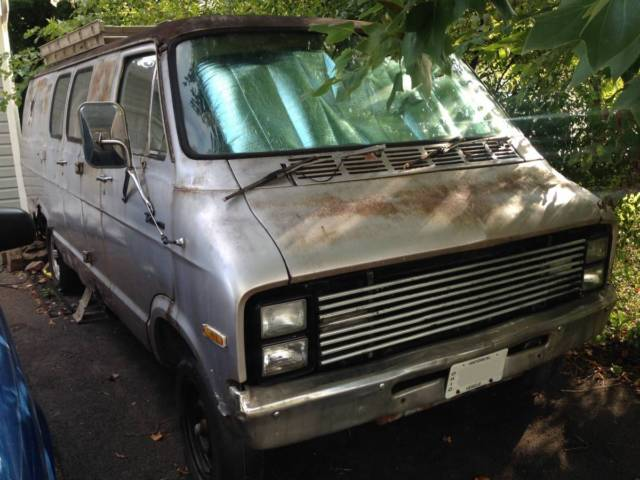 1977 Dodge Tradesman 200 B200 van B20 Parts or Restore