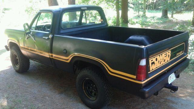 Dodge W Power Wagon Pickup Truck X Macho Style on 1977 Dodge Power Wagon 4x4 440