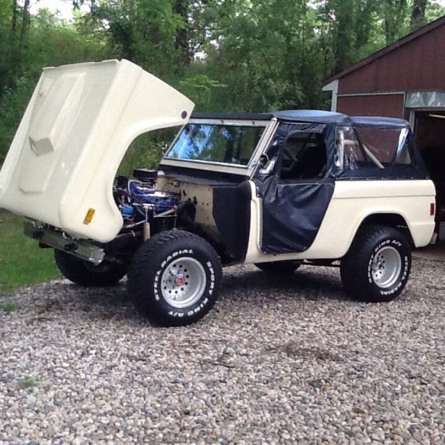1977 Ford Bronco Roadster