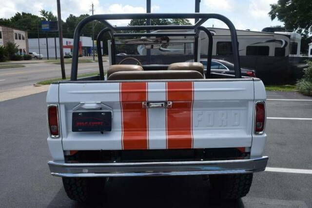 1977 White Ford Bronco Roadster SUV with Tan interior