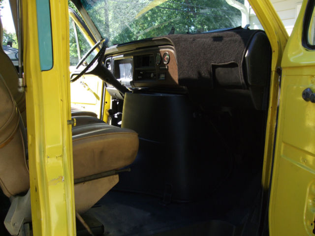 1977 Ford E-Series Van
