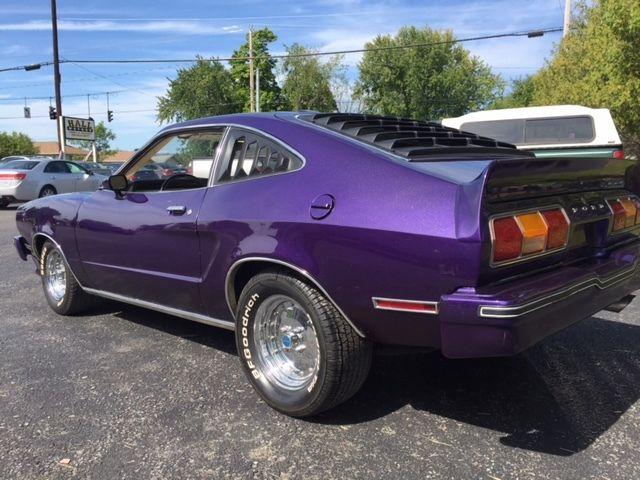 1977 mustang 2 fastback