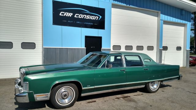 1977 Lincoln Continental Town Car Classic Original Green Leather