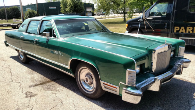 1977 Lincoln Continental Town Car Classic Original Green
