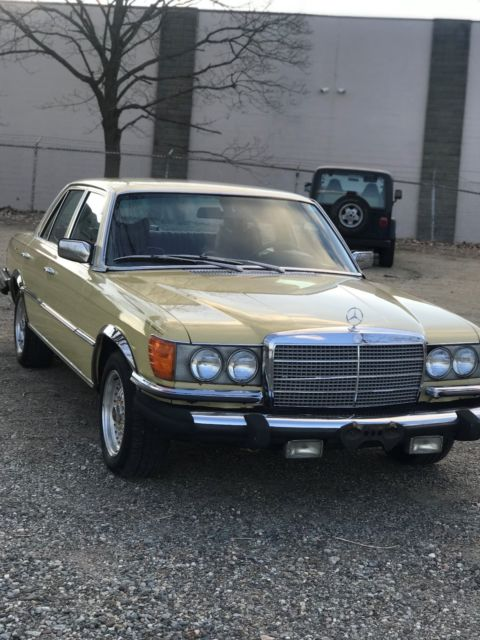 1977 Mercedes-Benz 200-Series 280se