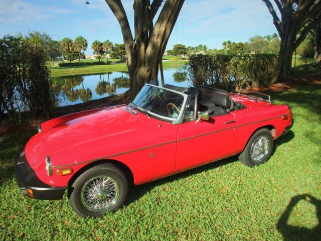 1977 MG MGB Convertible 2 doors