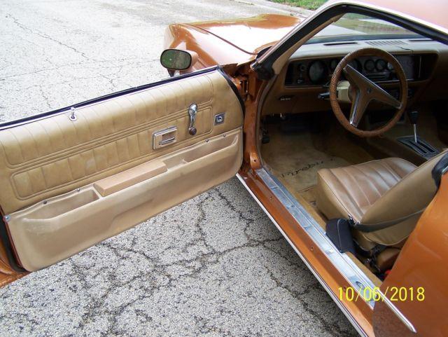 1977 Pontiac LS1 Motor clone of The Rockford Files Firebird